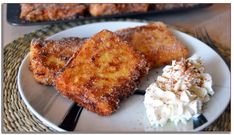 """Spanish Recipes Desserts Easy : Fried Milk (Leche Frita) - Easy Spanish Dessert Recipe - Spanish Recipes Desserts Easy Video Spanish Recipes Desserts Easy Learn how to make """"fried milk"""" (leche frita) a typical dessert from Spain. Easy Spanish Desserts, Spanish Food, Sweet Desserts, Easy Desserts, Easy Dinner Recipes, Easy Meals, Dessert Recipes, Dessert Food, Spanish Dishes"""