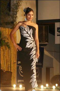 Puletasi - Traditional wear for Samoan women! Classy, elegant, yet modest. Accentuates the beauty of Samoan women ;)