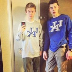 Shawn Mendes Birthday: See Throwback Pictures of the Original MagCon Boys - M Magazine Shawn Johnson, Jack Johnson, Shawn Mendes Birthday, Aaron Carpenter, Throwback Pictures, Carter Reynolds, Shawn Mendez, Taylor Caniff, Jack Gilinsky