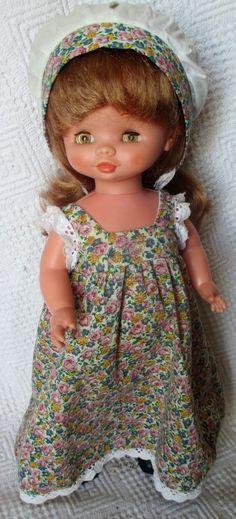PRECIOSA CONCHI ROMANTICA de FAMOSA, 70´s - Ravissante Conchi Romantica 70's Antique Dolls, Vintage Dolls, Girls Dresses, Flower Girl Dresses, Sport, Barbie, Antiques, Wedding Dresses, Fashion