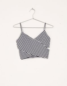 Kết quả hình ảnh cho como hacer un crop tops bustier paso a paso Teen Fashion Outfits, Hot Outfits, Casual Outfits, Rainy Outfit, Jugend Mode Outfits, Tango Dress, Future Clothes, Short Lace Dress, Cute Crop Tops