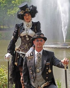 Yvonne Muller and Husband, Steampunk Convention anno 1900 Luxemburg, Photographer-Jorg Steampunk Cosplay, Chat Steampunk, Corset Steampunk, Viktorianischer Steampunk, Design Steampunk, Steampunk Halloween, Steampunk Wedding, Steampunk Clothing, Steampunk Necklace