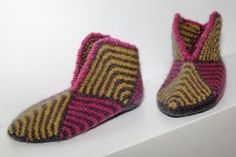 Slippers for Her & Free Pattern
