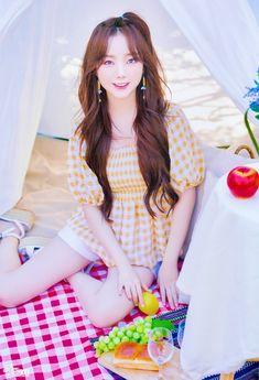 Lovelyz Kei, Lee Soo, Ulzzang Girl, Photo Book, Kpop Girls, Superstar, Girl Group, Korea, Short Sleeve Dresses