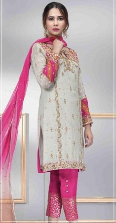 Post wedding dinner / dawat outift inspo Western Dresses, Indian Dresses, New Style Suits, Pakistani Outfits, Pakistani Clothing, Middle Eastern Fashion, Punjabi Dress, Pakistan Fashion, Wedding Dinner
