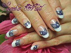 Navy White × W French nail ♪ ♪ Winter snowflake