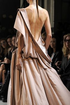 Elegant Draping - one shoulder blush gown with soft sweeping structure & volume; fashion details // Haider Ackermann