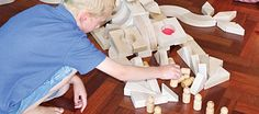 Block Play, Math and Literacy. Article by Pamela C. Phelps and Laura L. Learning Through Play, Kids Learning, Learning Spaces, Working With Children, Children Play, Preschool Crafts, Crafts For Kids, Block Play, Experiential Learning