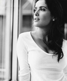 Salma Hayek - No denying she is beautiful. mami mami!!!!