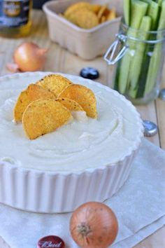 8 Tasteful Dips You Can Make To Snack Like A Professional - Generales Dip Recipes, Low Carb Recipes, Cooking Recipes, Free Recipes, Vegan Recipes, Breaded Shrimp, Breaded Chicken, Mousse, French Onion Dip