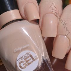 Sally Hansen Bare Dare #thepolishedmommy #nudemani #review #bblogger - bellashoot.com