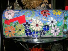 No Days Adhesives: Linda's No Days Mosaics Mosaic Glass, Mosaic Tiles, Glass Art, Mosaics, Stained Glass, Old Mailbox, Mailbox Ideas, Frederique, Baubles And Beads