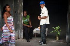 Más que famosa resulta la habilidad de los cubanos para el arte de la… http://www.cubanos.guru/pasa-cuando-cubano-se-fija-una-mujer/