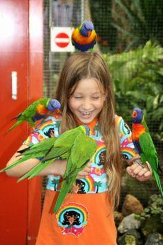 Jolinas Welt: Spaß mit Loris im Orchideen-Park #Loris #Papageien #Orchideeen-Hoeve #Niederlande