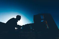 Su:ggestiva è un'esperienza di scoperta ad alto impatto emozionale: assistere a concerti e performance musicali in location bellissime, suggestive, uniche ed insolite. É il luogo che ospita il concerto ad essere, insieme alla performance artistica, il fulcro dell'esperienza. Max Casacci - Earthphonia Musica