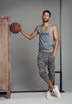 Noah Mills wearing the Dolce & Gabbanas Gym Collection by Edu Garcia for the December 2012 issue of Spanish Men's Health
