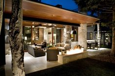 Contemporary Ranch House Remodel - Back Terrace and Open Living Area with Modern Fireplace. More modern than us, but love the possibilities Mid Century Ranch, Mid Century House, 19th Century, Terrasse Design, Patio Design, Home Design, Urban Design, Design Ideas, Design Inspiration