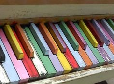 painted keys.Trying to decide if I would do this... think I would:) but not those colors