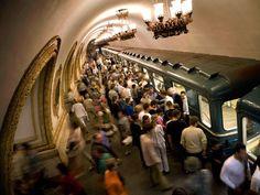 Moscow Metro...Gorgeous ;) #friendlylocalguides #moscowtours #toursofmoscow #privatetoursmoscow #metrotour #moscowmetrotour #metrtourmoscow
