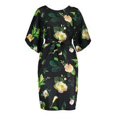Winter Garden Delight dress on malliltaan väljä, mutta mukana tulevalla vyöllä voi halutessaan tuoda vyötäröä esiin. Tämä monikäyttöinen mekko on 100% silkkiä. Short Sleeve Dresses, Dresses With Sleeves, Winter Garden, Cold Shoulder Dress, Design, Fashion, Moda, Sleeve Dresses, Fashion Styles