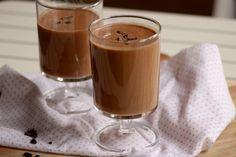 Čokoládové smoothie Smoothies, Panna Cotta, Pudding, Ethnic Recipes, Desserts, Food, Smoothie, Tailgate Desserts, Dulce De Leche