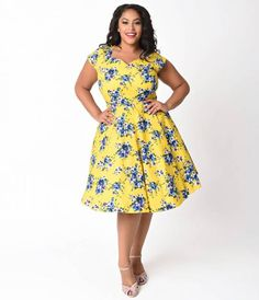 256e037056a Plus Size 1950s Style Yellow   Floral Print Cap Sleeved Swing Dress