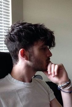 45 Stylish Messy Hairstyles for Men 2018