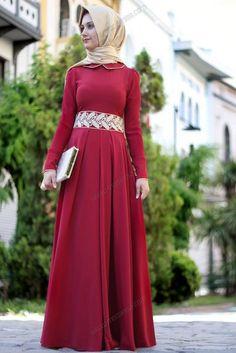 Red and cream Arab Fashion, Muslim Fashion, Mehndi, Hijab Dress Party, Arabic Dress, Cute Dresses, Formal Dresses, Sari, Muslim Dress
