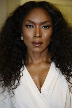 Angela Basset has convinced me that God is black.   This is what 56 looks like! #PrettyPeriod