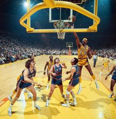 Lakers center Wilt Chamberlain coverts a layup as Knicks defenders Phil Jackson Dave DeBusschere and Jerry Lucas look on during Game 1 of the 1972 NBA Finals. The Knicks would win the. I Love Basketball, Basketball Legends, Basketball Court, New York Knicks, Wilt Chamberlain, Phil Jackson, Nba Pictures, Nba Los Angeles, Nba Championships