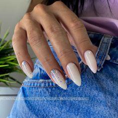 Almond Acrylic Nails, Cute Acrylic Nails, Gel Nails, Almond Shape Nails, Classy Nails, Stylish Nails, Bandana Nails, Wave Nails, Pale Pink Nails