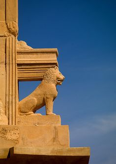 Lion and columns in Sabrata,  Libya.  THE LIBYAN Esther Kofod www.estherkofod.com
