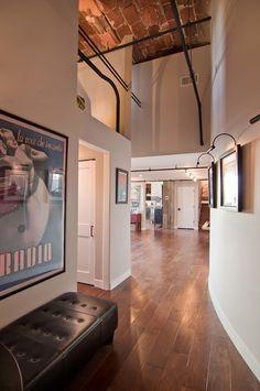 Chicago Loft Condo Renovation-Besch Design-03-1 Kindesign