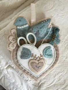 """Bird and Heart Sewing Caddy"" Pattern by Rebekah L. Smith"