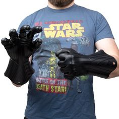 #StarWars collectibles - Darth Vader BBQ set: Watch your hands! Vader is already cooked from head to toe, no need to add any more burn marks. - http://fngsm.com/darth-vader-barbecue-set/
