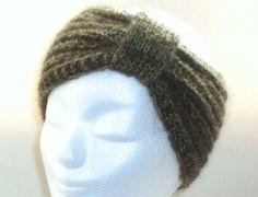 Stirnband SCHLEIFE Merino / Mohair khaki oliv - 100% warme Ohren: Es muss nicht immer Mütze sein, wenn man sich warmhalten will.