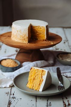 Coconut, Pineapple, and Passion Fruit Layer Cake - LOVE this cake stand