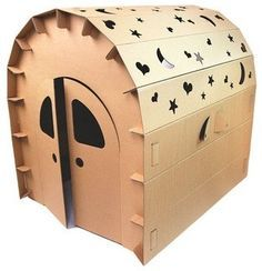 Love the way this one looks like an old gypsy caravan - Funny Paper Cubby House modern kids toys Cardboard Dollhouse, Cardboard Playhouse, Cardboard Paper, Cardboard Furniture, Cardboard Crafts, Kids Furniture, Furniture Design, Cubby Houses, Play Houses