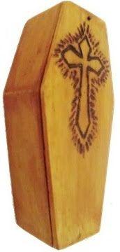 Ataúd Madera Modelo Cuba  #ataud #tattoos #draw #death #gothic #coffin #macabro #instagram #macabre #666 #camiseta #tee #bizarreart #cementerio #hechoamano #ink #creepyart #tattoo #terrror # #tshirtshop #skulls #sketch #chile #enviosatodoelpais #dark #pork #occult #handmade #pencil