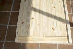 Oro y Menta: Como hacer una mesa de comedor de exterior DIY Bamboo Cutting Board, Exterior, Gardens, Diy Projects, Dining Table, Mesas, Furniture, Gold, Outdoor Rooms
