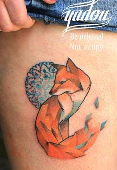 Tattooing collected Fox watercolor tattoo on thigh in Pretty fox watercolor tattoos. And Fox watercolor tattoo on thigh is the best Watercolor Tattoo for 487 people. Explore and find personalized tattoos about fox watercolor tattoo, thigh for girls. Great Tattoos, Beautiful Tattoos, Body Art Tattoos, Tatoos, Fox Tattoo Design, Tattoo Designs, Fox Design, Blue Design, Graphic Design