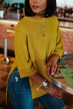 O Neck Side Slit Sweater – Amilyonline Style Outfits, Fall Fashion Outfits, Classy Outfits, Autumn Fashion, Casual Outfits, Jean Outfits, Casual Wear, Winter Outfits, Yellow Sweater Outfit