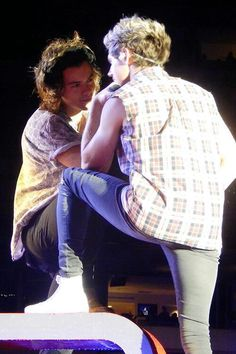 ❤️ officially my new favorite narry picture