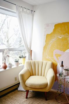 Furniture Maison Cozy chilling and reading corner with yellow retro armchair and yellow paintingCozy chilling and reading corner with yellow retro armchair and yellow painting Decor, Retro Home Decor, Interior, Bedroom Design, Home Decor, House Interior, Yellow Decor, Interior Design, Furniture Design