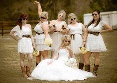Camo Wedding Ideas | Yep Always Gotta Have That Crazy Pic Camo Wedding Ideas