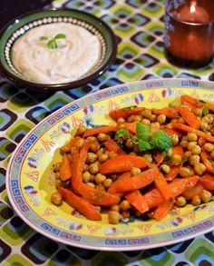 Perunabluussia: Marokkolainen porkkana-kikhernesalaatti