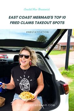 We know all the options for Fried Clams in New Brunswick can be overwhelming. So many fried clams, so few sun-filled days. We hope this list of East Coast Mermaid's 10 favourite fried clam haunts will not only help you decide where to stop for dinner—it will help you plan the perfect #NBStaycation to make the most of the summer.  #Staycation #NewBrunswick #Takeout #BeachPicnic #TravelNewBrunwsick #NBTourism East Coast Canada, Fried Clams, Homemade Coleslaw, Mermaid Top, Homemade Rolls, Atlantic Canada, Beach Picnic, New Brunswick, Seafood Restaurant