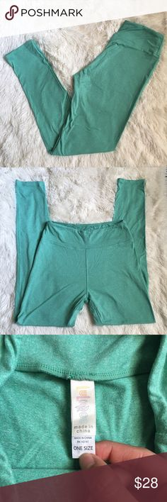 LulaRoe Solid Mint Green One Size Leggings EUC. No stains or tears. Buttery soft. One Size. LuLaRoe Pants Leggings