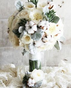 Soft and velvety textures - Bridal bouquet and groom's corsage #puriamanda  #florals #florist #flowerstagram #freshflowers #bridal #bouquet #bridalbouquet #groom #corsage #wedding #weddings #weddingstyling #weddingconcept #weddingflowers #davidaustinroses #addyandtaib 26.09.2015 by puriamanda