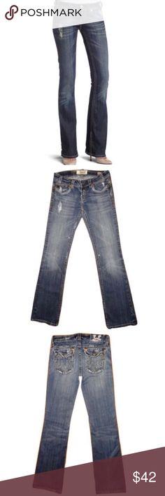 "MEK Denim W24 x 34L Oaxaca Distress Boot Cut Jeans 🔸MEK Denim W24 x 34L Oaxaca Boot Cut Stretch Embroidered Jeans 🔸W24 x 34L🔸Embroidered with a distressed look🔸Distressed bottom hem NOT damage🔸Whisked washed look🔸5 pockets🔸Button/ Zip closure🔸Button back pockets🔸Inseam 27""🔸Dark/light wash🔸Cotton/Spandex blend🔸 MEK Jeans Boot Cut"